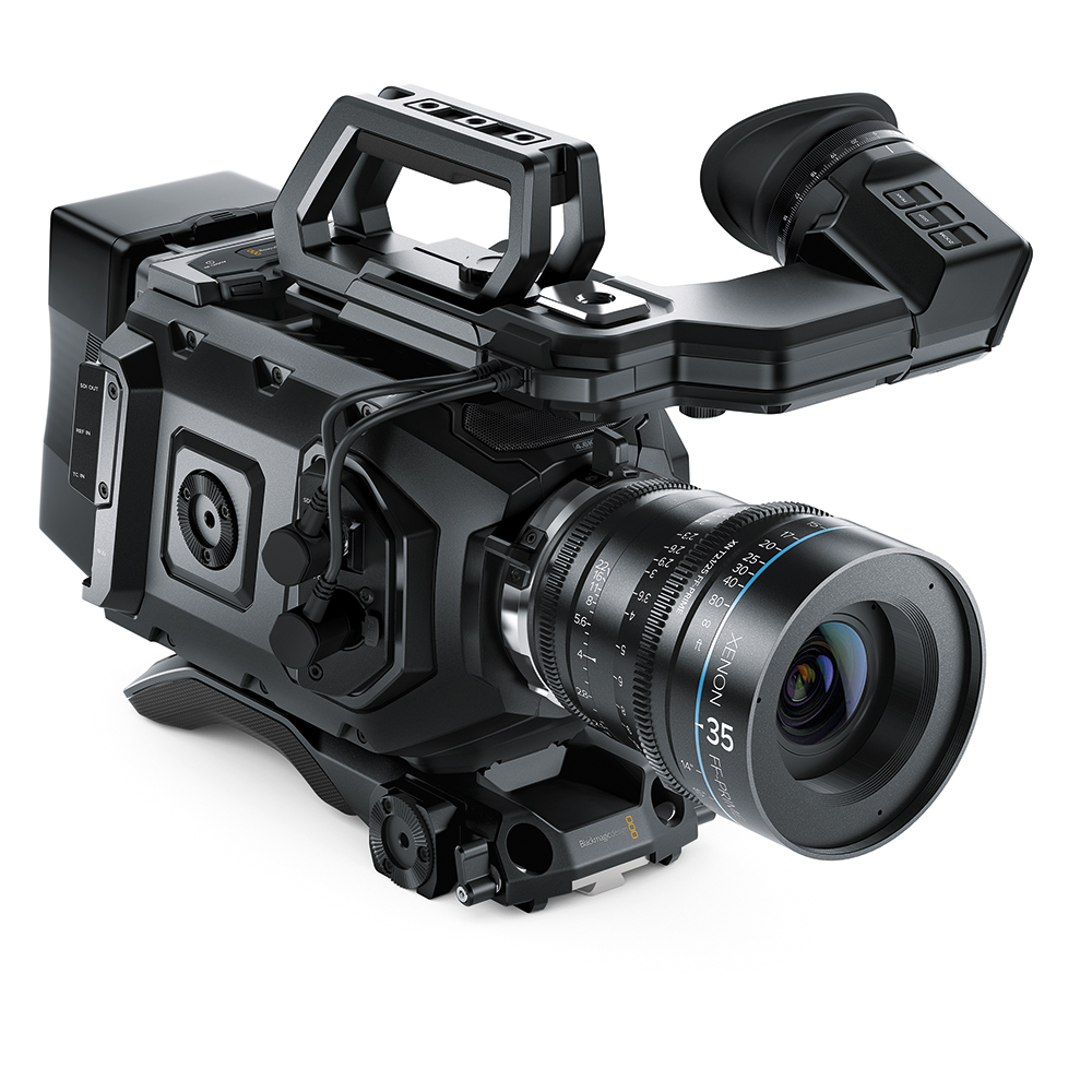 Кинокамера Blackmagic Design CINECAMURSAM40K/EF